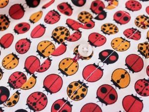 Lady Bug Boxershort Detail Knopf