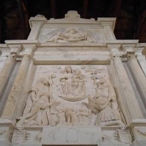Fabula nera di Luca Sangiovanni nella chiesa di Sant'Aniello
