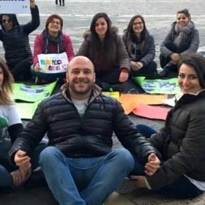 Napoli, 26 giugno: la marcia degli abbracci