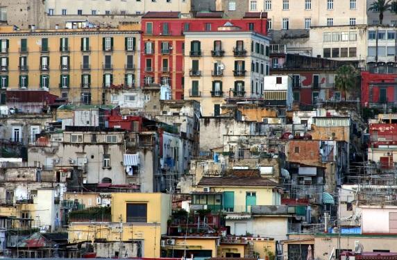 Magari domani resto: torna lo scrittore Lorenzo Marone