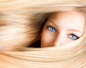 Eine Erotikgeschichte mit einer verführerischen Blondine