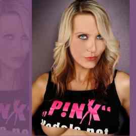 Julia Pink |Eronite.com