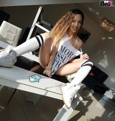 Pornodarstellerin Lilly Lil Pornos - Eronite