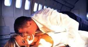 Sex im Flugzeug und alle schauen zu