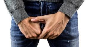 Vorsicht: Auch Küssen kann Tripper übertragen