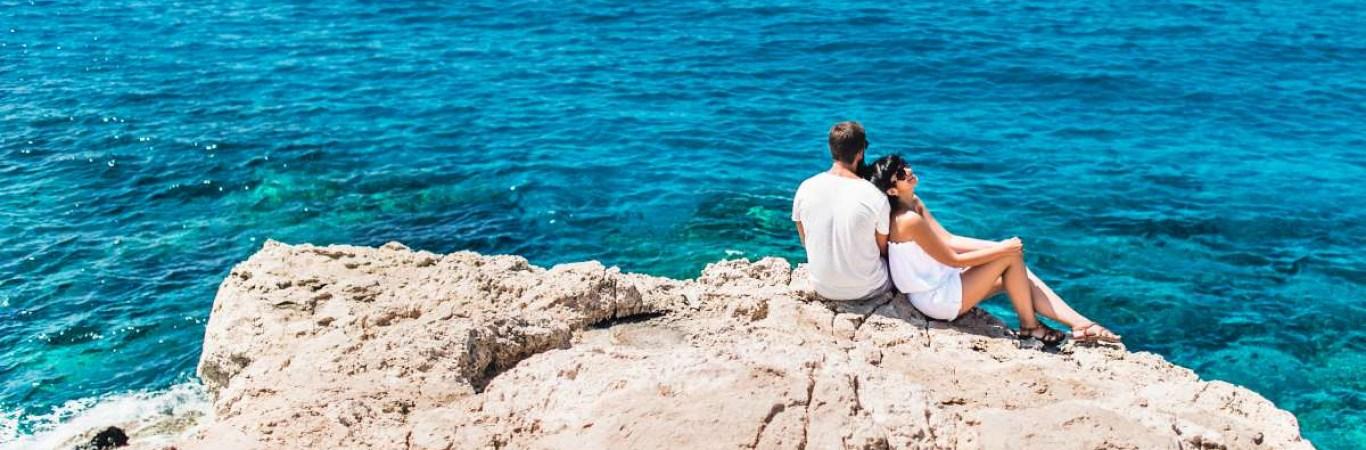 Honeymoon in Greece: The Definitive Guide
