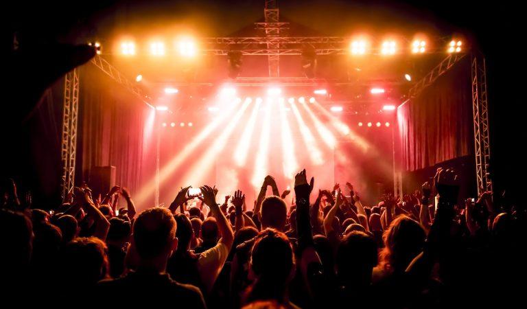 Mumford & Sons, More to Headline iHeartRadio's Concert