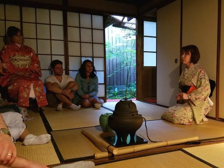 Sake, samoerai en thee ceremonies bij Maikoya