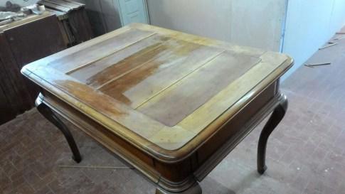 Restoration of a walnut table
