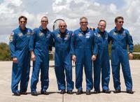 STS-134 después de la llegada en el KSC