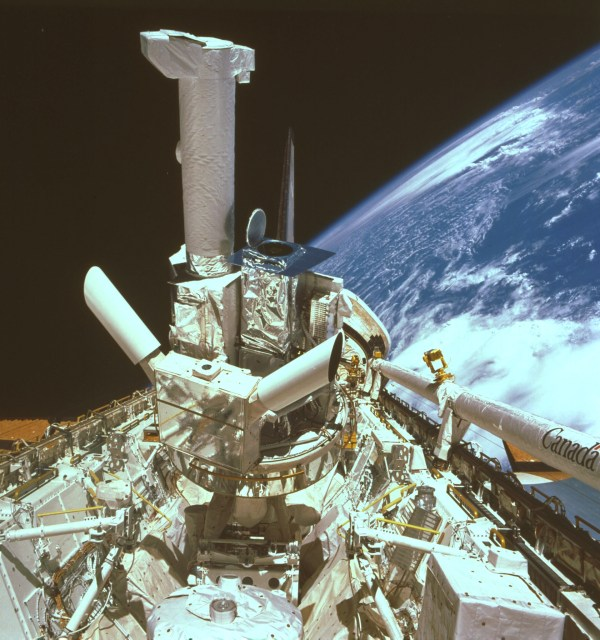 Space in Images - 2003 - 05 - Spacelab Instrument Pointing ...