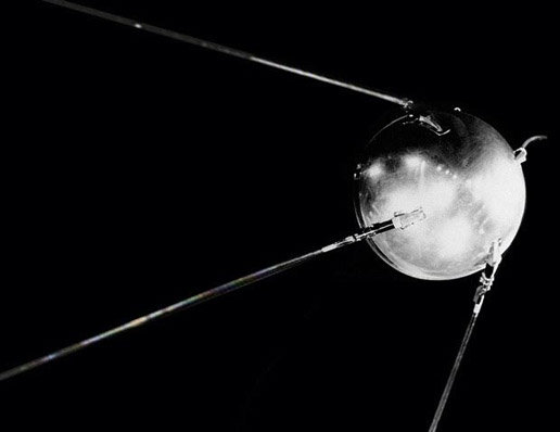 https://i1.wp.com/www.esa.int/var/esa/storage/images/esa_multimedia/images/2011/01/sputnik/15121229-1-eng-GB/Sputnik_node_full_image_2.jpg?w=930&ssl=1