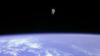 Space in Images - 2015 - 03 - Testing astronaut jetpack