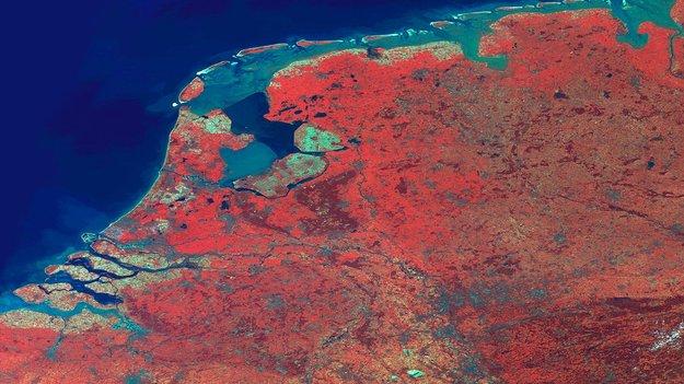 Netherlands_imaged_by_Proba-V_large.jpg