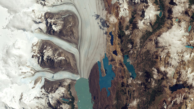 Upsala_Glacier_large.jpg
