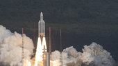 Ariane_5_liftoff_on_flight_VA233_small.jpg