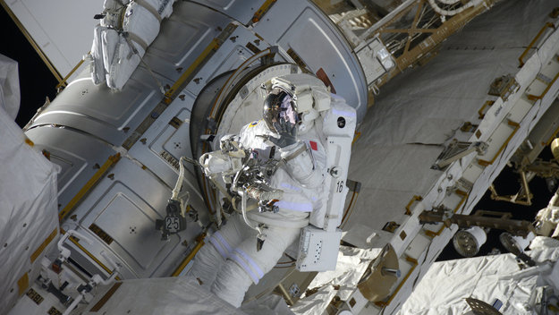 Spacewalk_large.jpg