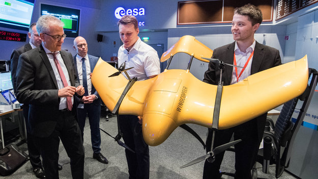 Aerospace_day_at_ESA_large.jpg