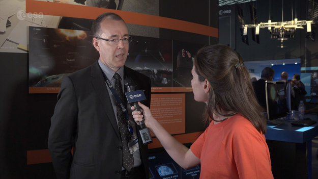 Juha-Pekka_Luntama_interview_at_Le_Bourget_large.jpg