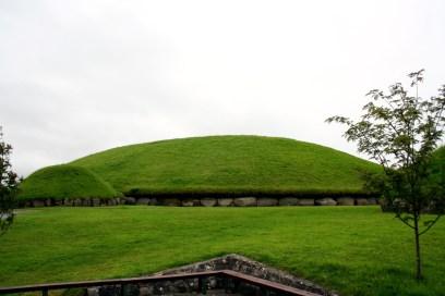 Knowth1