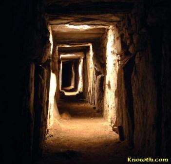 Knowth4