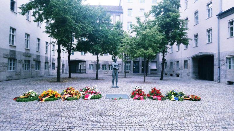 Patio de honor en el Museo de la Resistencia, Berlín