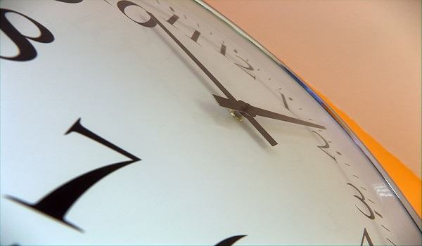 Como arrumar tempo para ler a Bíblia, orar e servir a Deus?