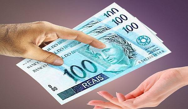 Resultado de imagem para mão pedindo dinheiro