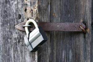 Deus também fecha portas