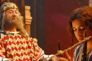 Como Deus pode mandar um espirito maligno para atormentar o rei Saul?