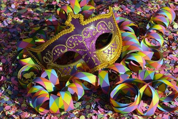 5 motivos graves que levam Deus a detestar o carnaval