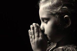 Orar de madrugada é uma ordem bíblica? Veja tudo que a Bíblia diz