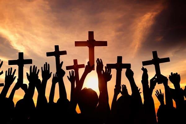 O que significava a palavra cristãos no passado e hoje em dia?