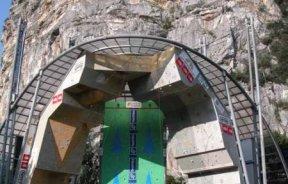Escaladores al Rock Master de Arco