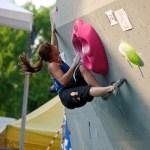 Anna Stöhr Bouldering Worldcup IFSC 2011 en Milano - Foto Diego Neonati