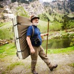 Típico señor con sombrero y crashpad en Tirol Austria - Foto Bernardo Giménez