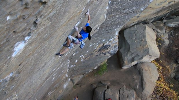 Video de escalada Ashima Shiraishi en Souther Smoke 8c+ y Lucifer 8c+