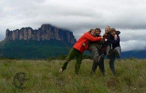 Expedición Checa escala el Acopan Tepuy de Venezuela