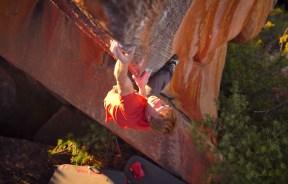 Nalle Hukkataival abre boulder The Finnish line 8c+/V16 en Rocklands sudafrica