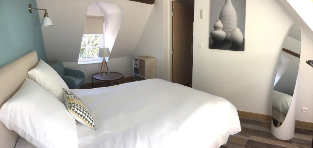 chambre-bleu-escale-broglie