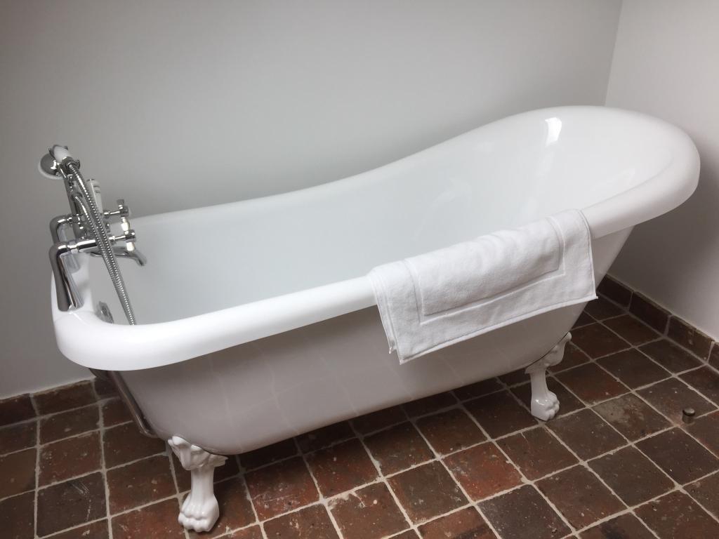 Baignoire chambre mansarde