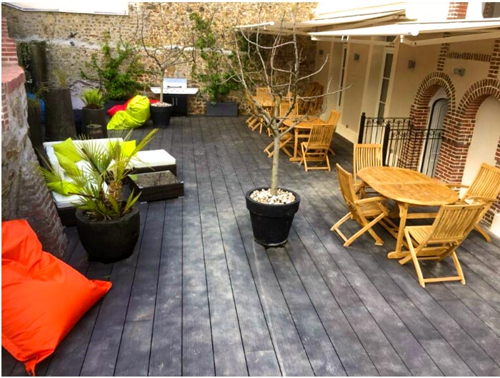 Terrasse et salon d'été