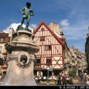 Dijon, place Rude