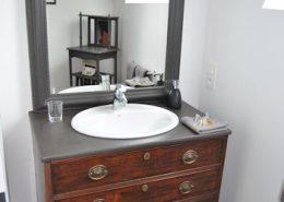 Ker Liviou, Lancieux : salle de bain chambre granit
