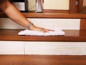 Comment Nettoyer Un Escalier En Bois Et L Entretenir Fabricant D Escaliers Sur Mesure Debret Escaliers
