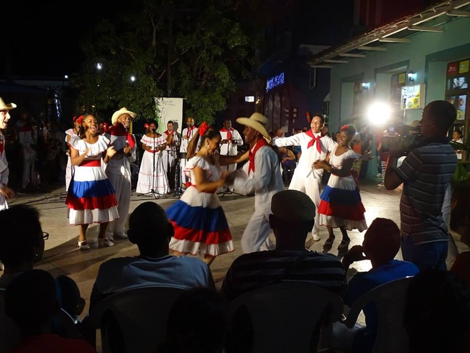 El Ballet Folclórico de Camagüey bulevar de Sancti Spíritus.