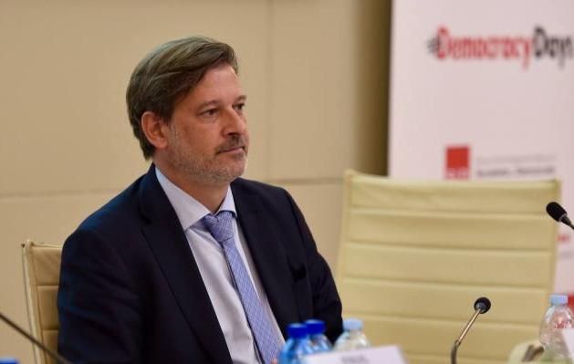 cuba, bloqueo de eeuu a cuba, eurodiputados, partido socialista obrero español, donald trump