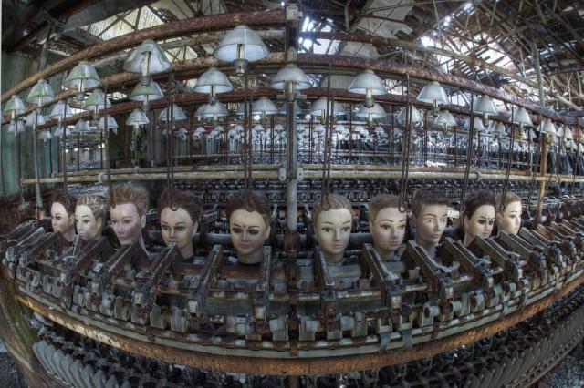Fábrica abandonada de muñecas