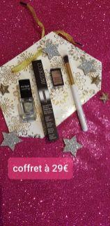 Make-up : 1 Mascara,1 vernis, 1 fard, 1 pinceau- 29€