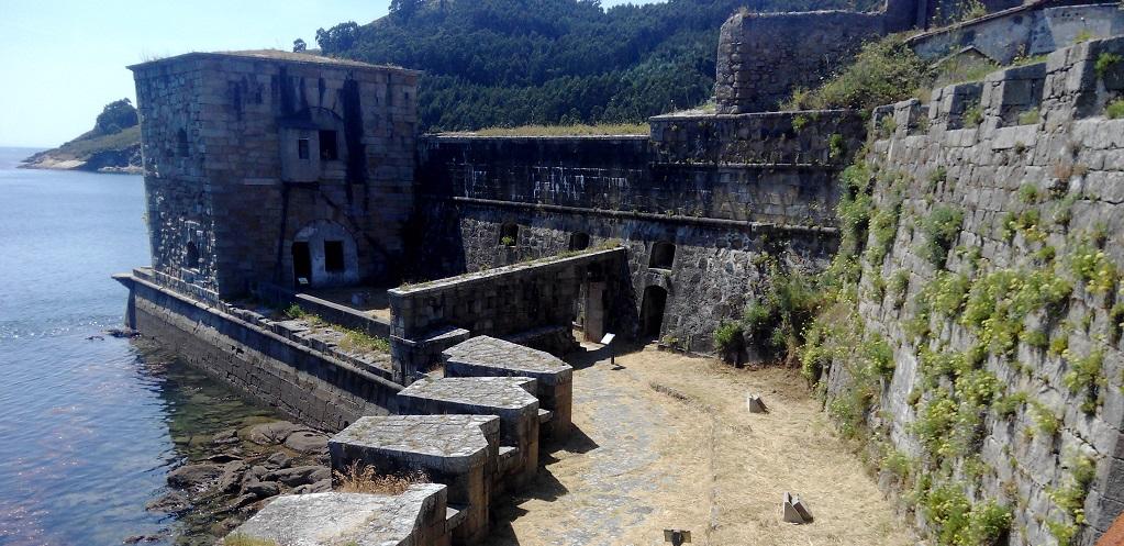 El Castillo de San Felipe (Ferrol), con niños